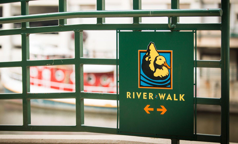 Milwaukee Riverwalk District Directional Signage